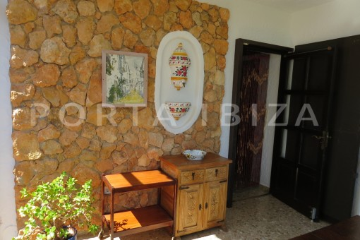 entrance area-house for renovation-close to the beach-Es Figueral