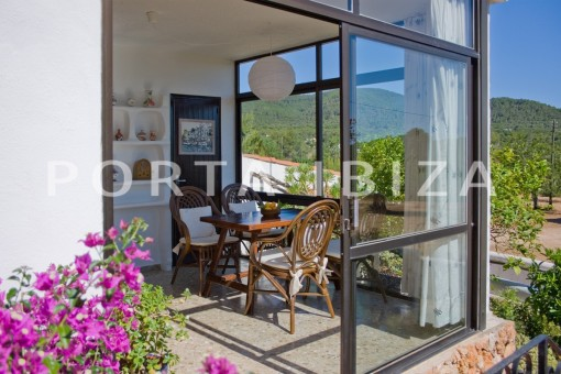 winter garden-house for renovation-close to the beach-Es Figueral