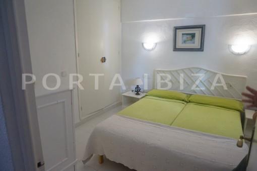 bedroom2-charming apartment-beautiful view-Coralmar