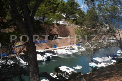 charming apartment-beautiful view-port Coralmar