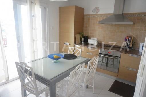 kitchen & dinner-charming apartment-beautiful view-Coralmar