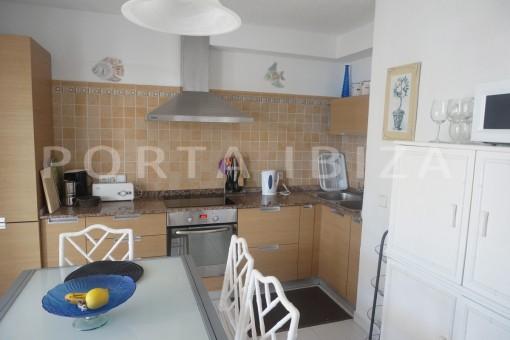 kitchen-charming apartment-beautiful view-Coralmar