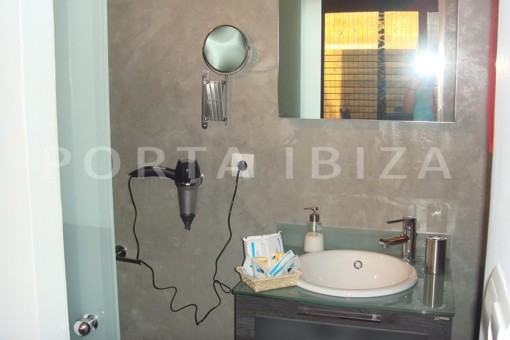 bathroom-fabulous house-fantastic sea views-pool-Cala Moli