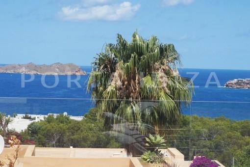 Fabelhafte  Doppelhaushälfte mit fantastischem Meerblick und eigenem Pool in Cala Moli