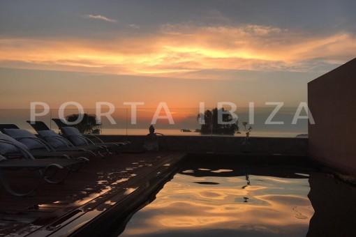 sundown-fabulous semi detached house-fantastic sea views-pool-Cala Moli
