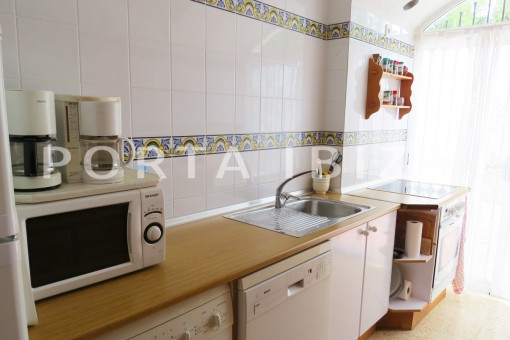charming house-kitchen-great potential for renovation-San Agustin