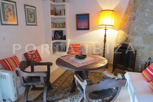 charming house-living area-San Agustin