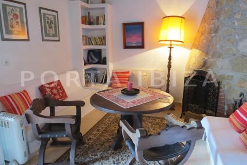 charming house-living area-San Agustin