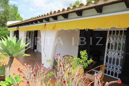 very charming house-great potential for renovation-San Agustin
