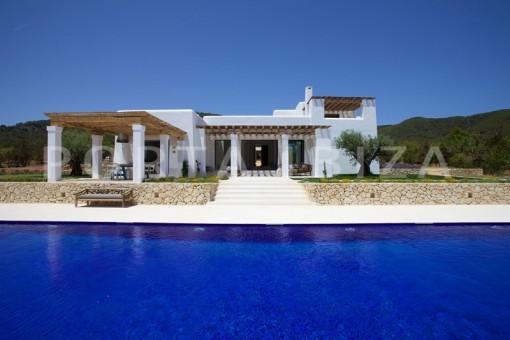 Wunderschöne hochwertige Blakstad Villa bei Es Figueral