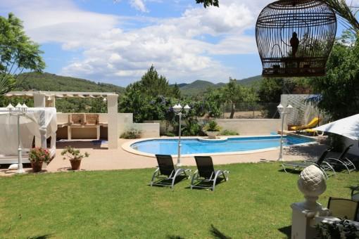 Fabelhaftes Haus mit Pool im Dorf von San José