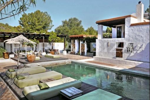 finca ibiza kaufen fincas von porta ibiza. Black Bedroom Furniture Sets. Home Design Ideas