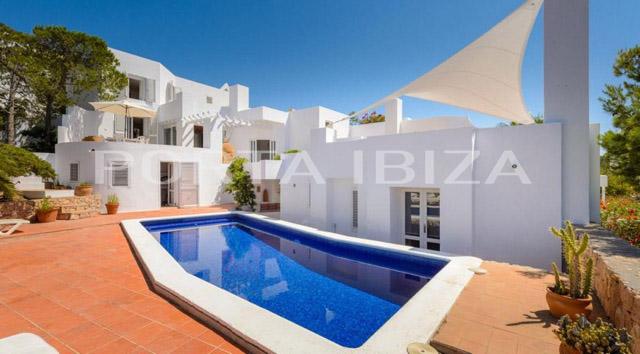villa calo den real pool