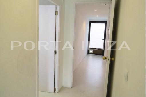 entrance figueretas apartment