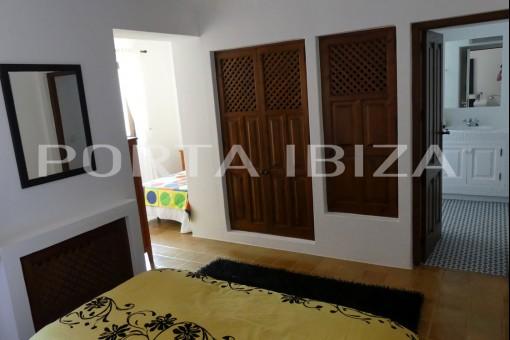 house es cubells bedroom