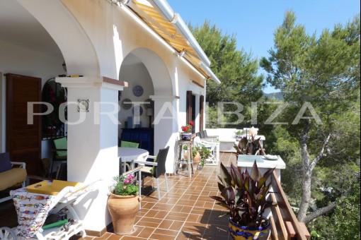 covered terrace cala taride villa