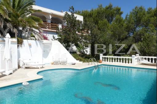 pool terrace villa cala tarida