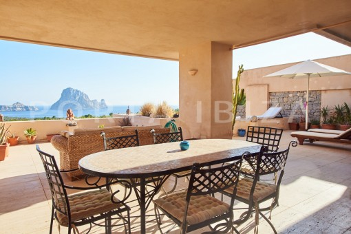 cala carbo apartment covered tarrace