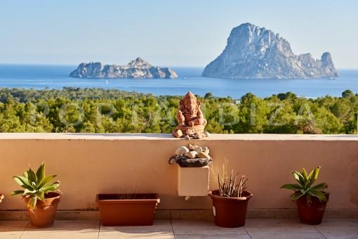 Wunderschöne Wohnung in Cala Carbo mit atemberaubenden Blick auf Es Vedra