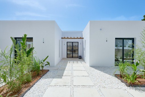 Geschmackvolle renovierte Villa, ruhig gelegen
