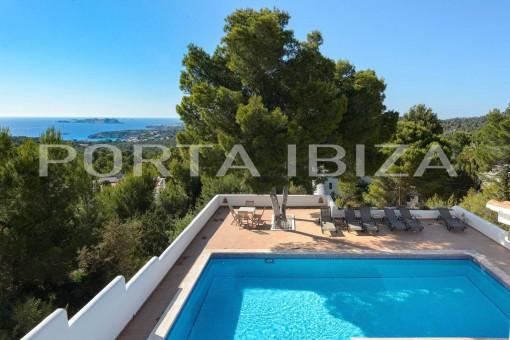 Herrliche Villa mit grandiosem Meerblick