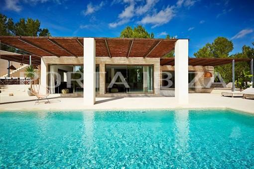 Wunderbare Villa in bevorzugter Lage mit touristischer Vermietungslizenz