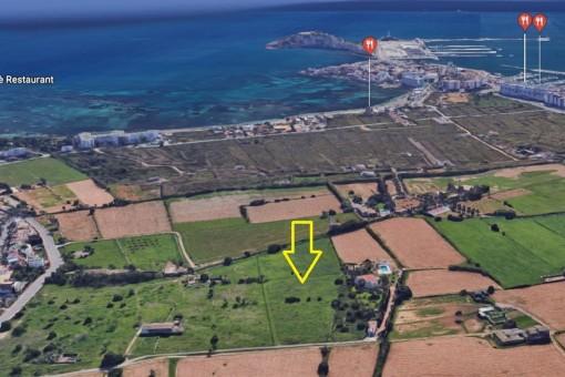 Großes Grundstück in Jesus, Santa Eulalia, nur 5 Minuten von Ibiza-Stadt entfernt