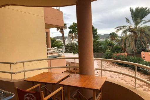 Schönes Apartment mit seitlichem Meerblick in Sant Antonio