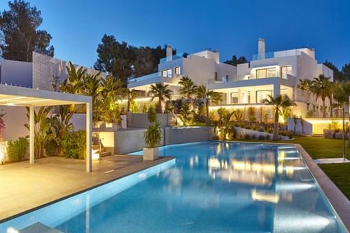 Schöne Villa mit 5 Schlafzimmern nur wenige Meter vom Strand von Cala Llenya entfernt