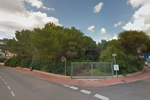 Die Gelegenheit!!! Urbanes Grundstück für Villen in Santa Eulalia del Rio, Cala Pada